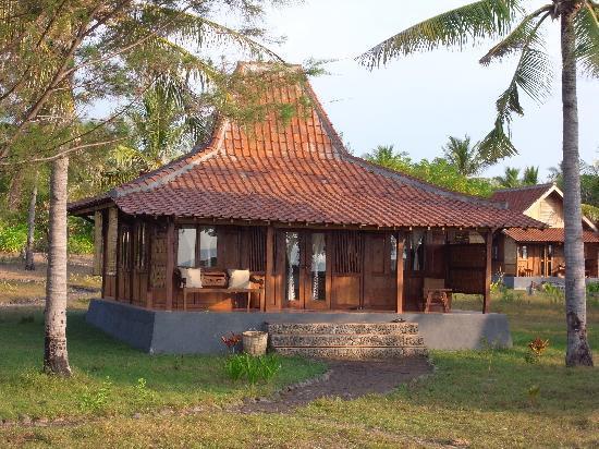 Desa Dunia Beda Beach Resort: Our villa