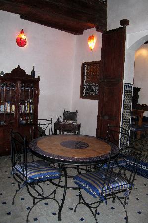 Dar El Hana: the dining room