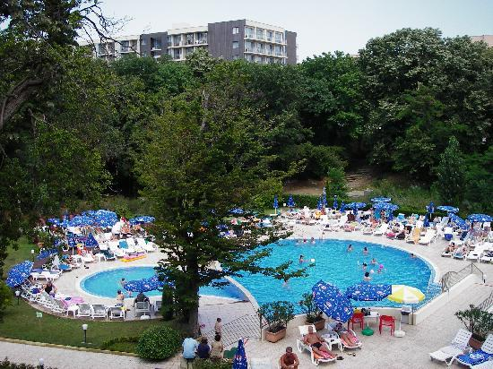 Kristal Hotel : The childrens pool and middle pool