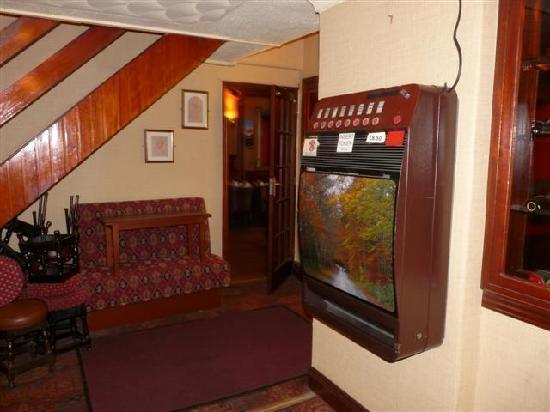 Wards Hotel : Inside the hotel