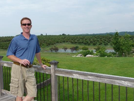 Country Hermitage Bed and Breakfast Traverse City: A view of the back yard/orchard...