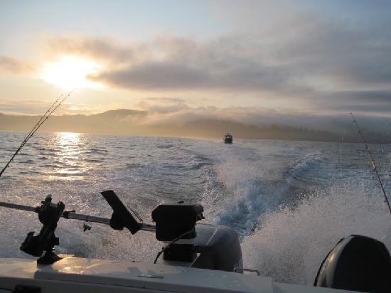 Sooke Salmon Charters: on the way out