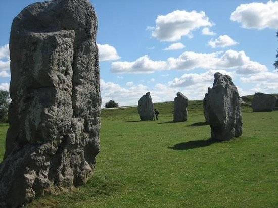 Avebury, better than Stonehenge