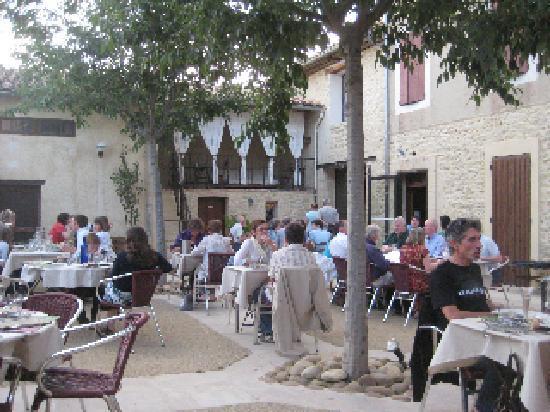 Caromb, ฝรั่งเศส: Nice setting