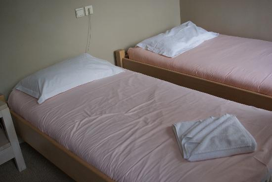 Hotel Les Cretes Blanches: Twin room interior