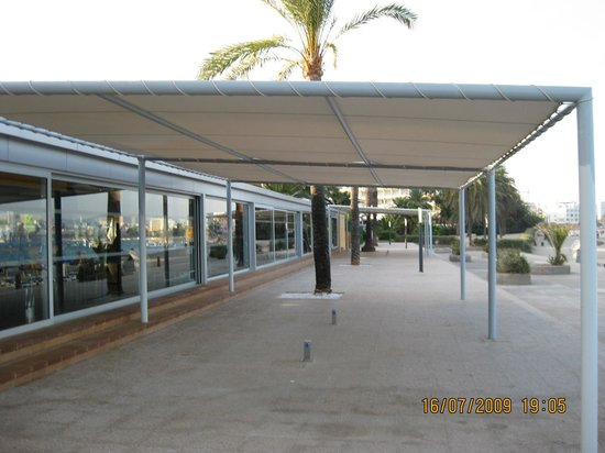 Hotel Mare Nostrum: the terrace
