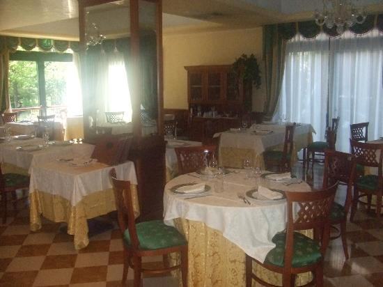 Ai Pini Park Hotel: Hotel Restaurant