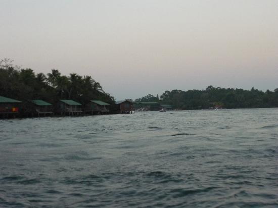 Catamaran Island Hotel : llegando al hotel