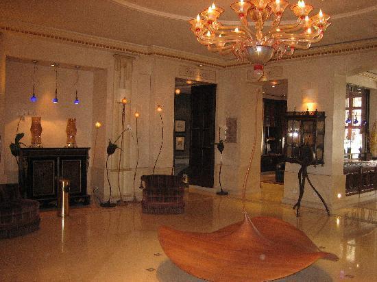 Hotel Edouard 7: vestibulo