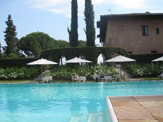 Hotel La Collegiata: piscine