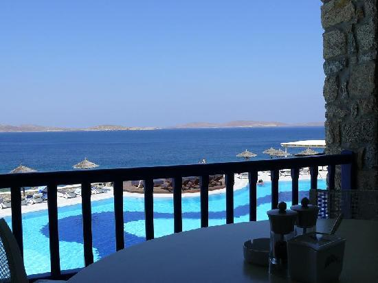 Mykonos Grand Hotel & Resort: View from our breakfast table