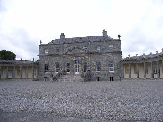 ‪Russborough House‬