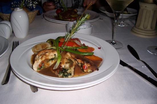 Hedera restaurant picture of cornelia de luxe resort for Cuisine luxe