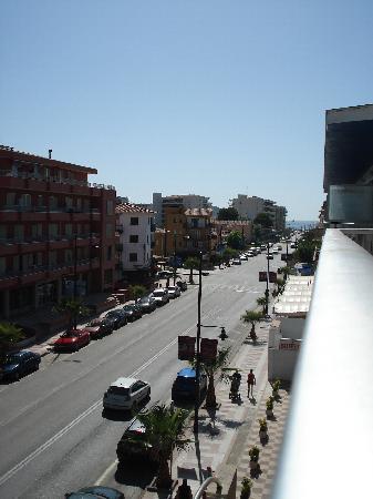 Nereida Hotel: Vistas desde la habitación ( playa)
