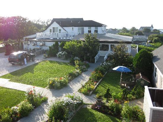 The 1661 Inn : View of the Inn from our deck