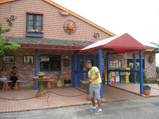 El Leoncito Mexican And Cuban Restaurant Front Entrance To