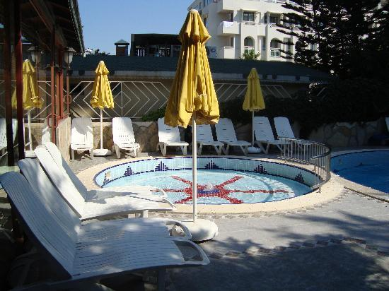 Sun Beach Hotel: the first poll - for babies