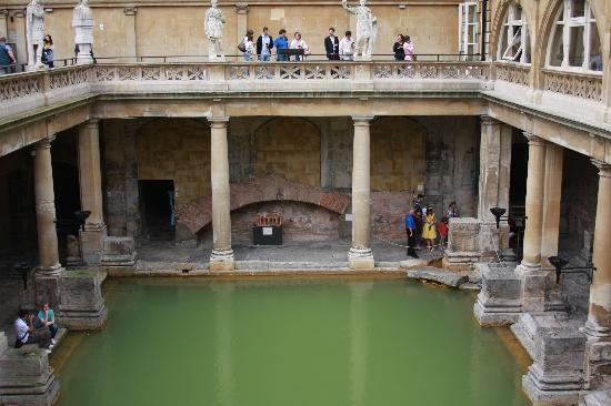 เกร็นทัวร์: Roman baths at...Bath. Of course!