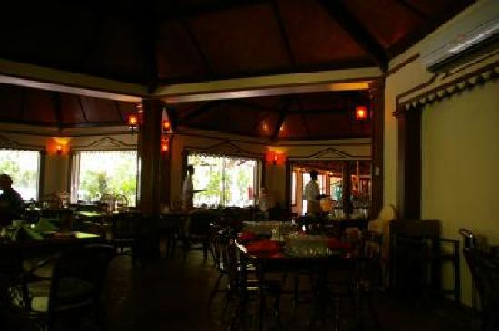 Biyadhoo Island Resort: レストラン