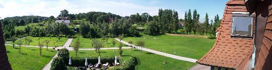 Hotel Le Manoir de la Poterie & Spa: vue sur jardin