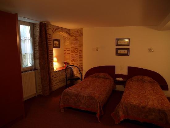 Hotel Jean XXII : Twin room