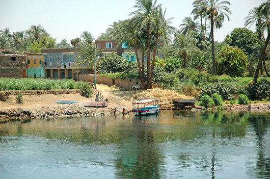 Luxor, Egypt: banks of the nile