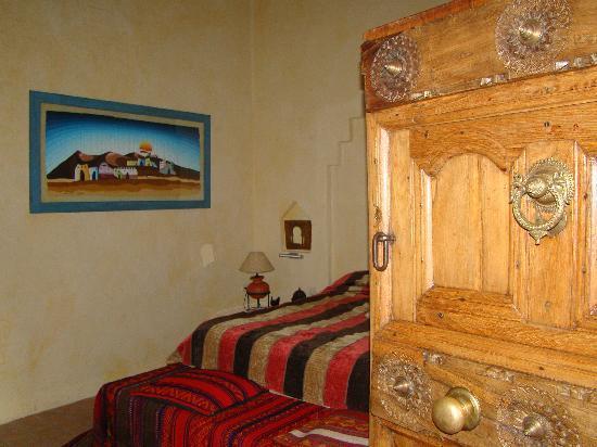 Casa Rural La Puerta Mora: habitación desierto