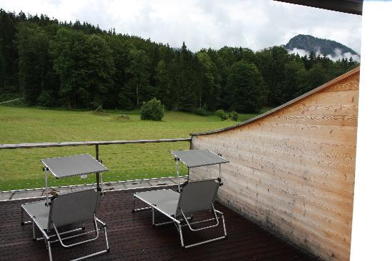 Alm- & Wellnesshotel Alpenhof: The roof terrace and the view from the room