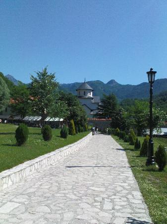 Czarnogóra: Moraca Valley, Monastery of Moraca