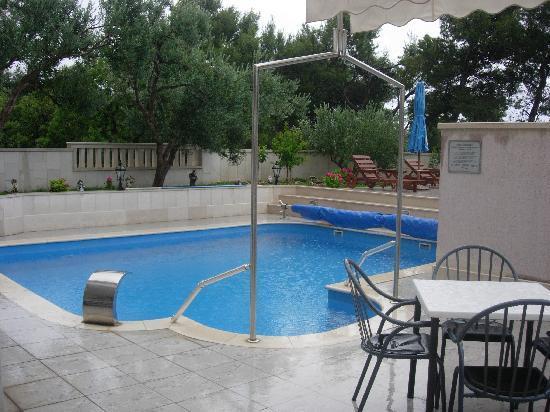 Hotel Villa Daniela: la piscine