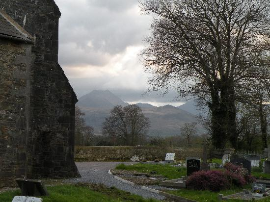 Aghadoe, Irland: View from church across the road