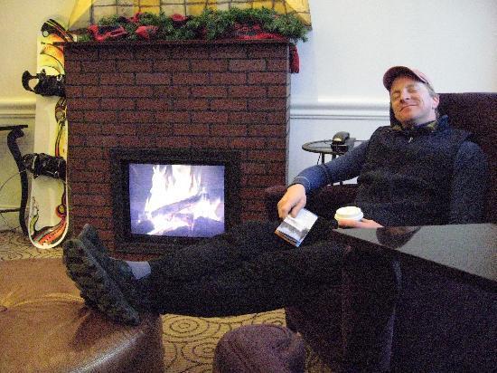 "Hampton Inn & Suites Ogden : ""fireplace"" in the lobby"