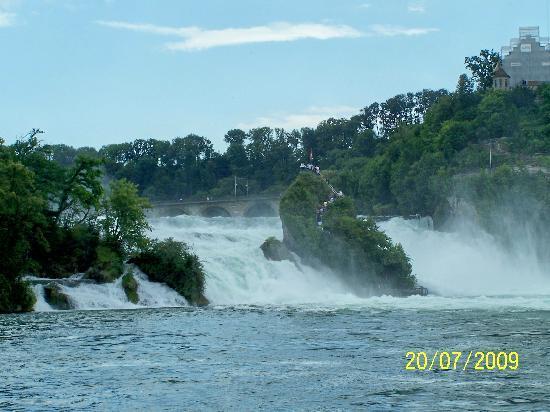 Gastehaus Grunenberg: The Rhine Falls