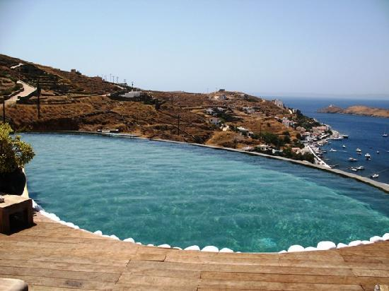 Kea, Grecja: Swimming pool (breathtaking view)