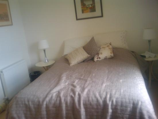 Chaucer House Apartments: Second Bedroom