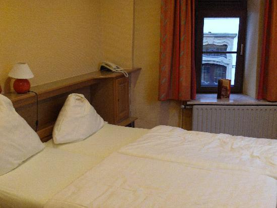 Hotel Petry: Room2