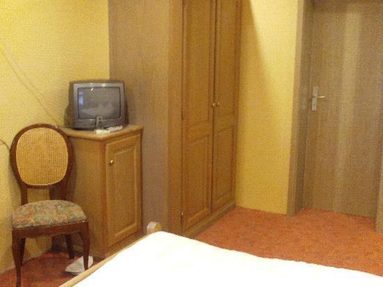 Hotel Petry: Room3