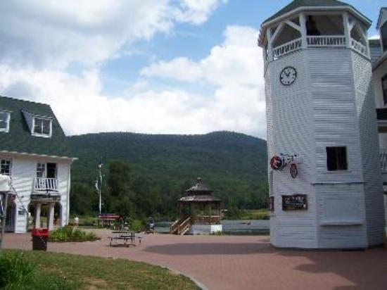 Waterville Valley's Town Square