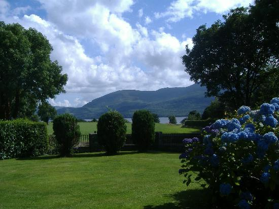 Loch Lein Country House : View from bedroom window
