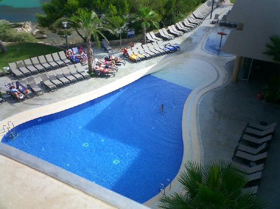 Cala Vinyes, Spain: piscina de abajo