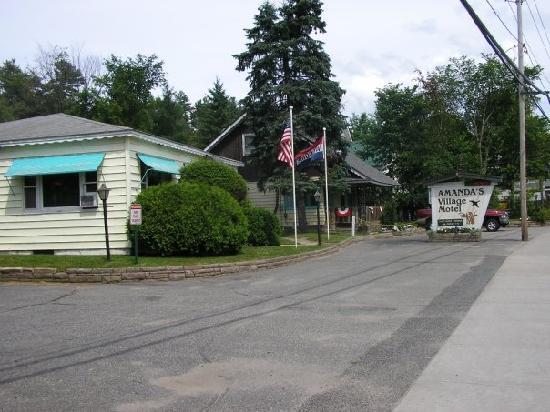 Amanda's Village Motel: Amanda's Village