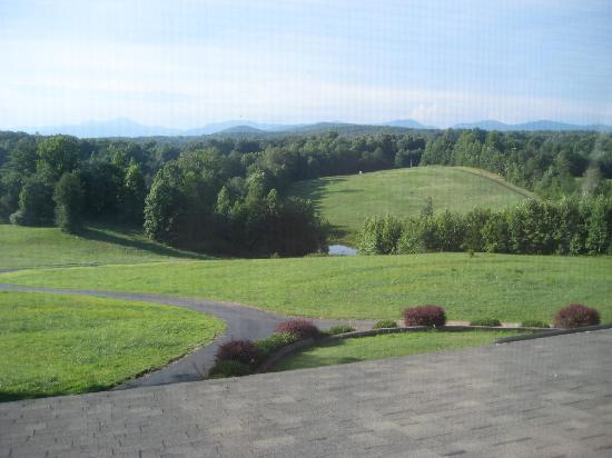 Dahlonega Spa Resort: view from room upstairs