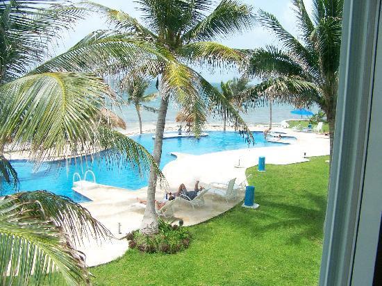 Caribbean Reef Villas : pool