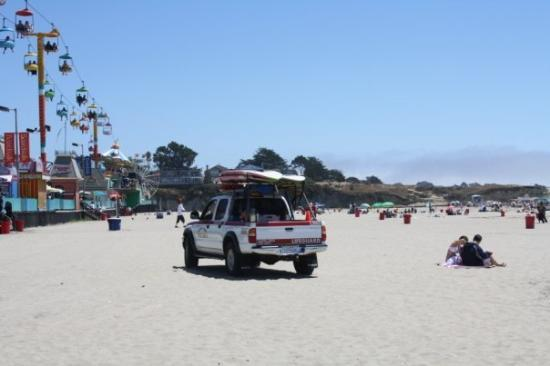 Santa Cruz Main Beach: Lifeguard all around