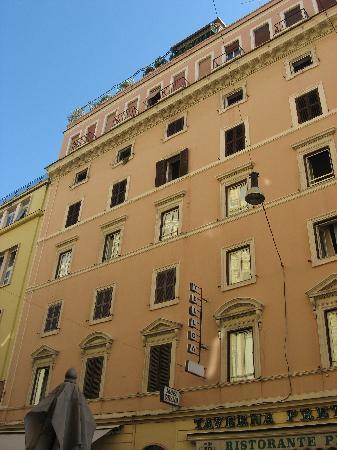 Cama picture of hotel corallo rome tripadvisor for The building hotel rome