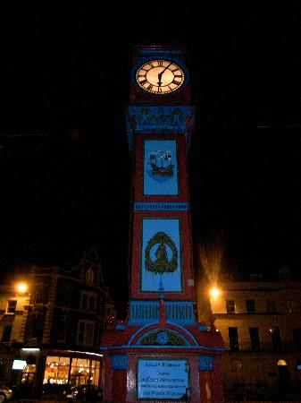 St. Johns Guest House: weymouth clock