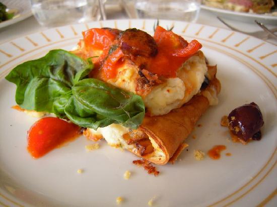 Insalata caprese picture of amalfi amalfi coast for Amalfi coast cuisine