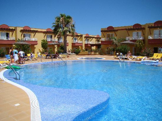 Lobosol Paradise Apartments: Piscina