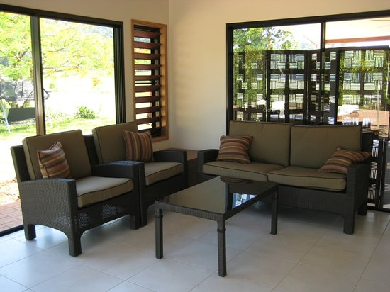 Djarawong Lodge B&B: this is the lounge and dining area