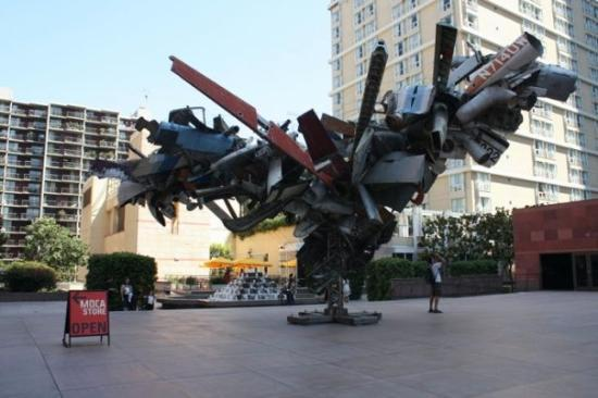 The Museum of Contemporary Art: Sculpture!